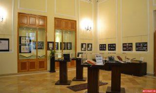 عکس موزه آلبوم های سلطنتی و اسناد تاریخی سعد اباد