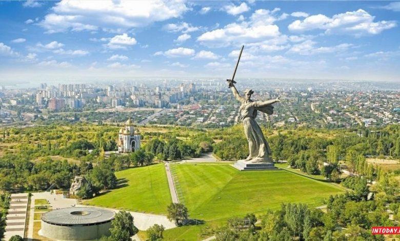 تندیس سرزمین مادری روسیه