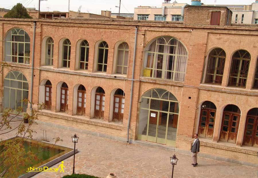 عمارت حبیبی از جاهای دیدنی سنندج