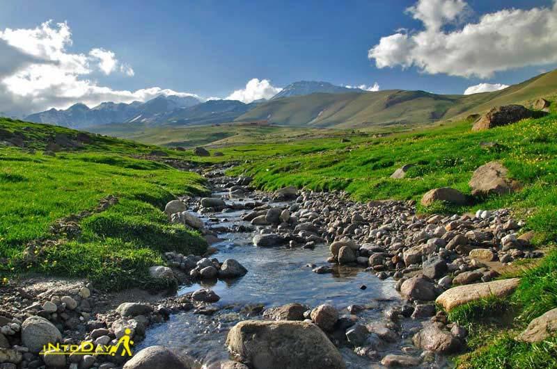 چشمه گورگور از جاهای دیدنی سرعین