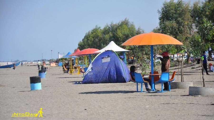 کمپ چادر در ساحل گیسوم
