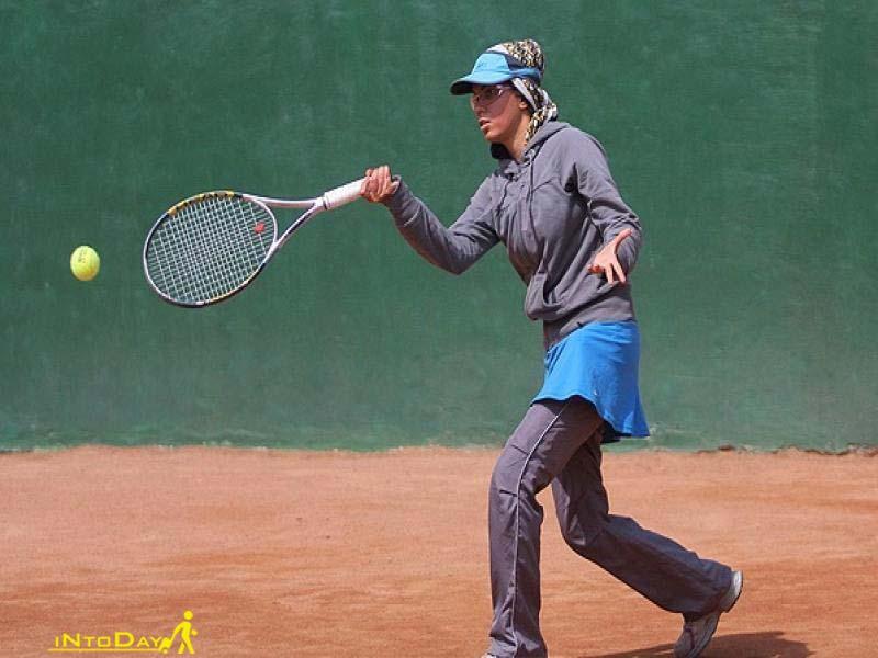 باشگاه تنیس انقلاب