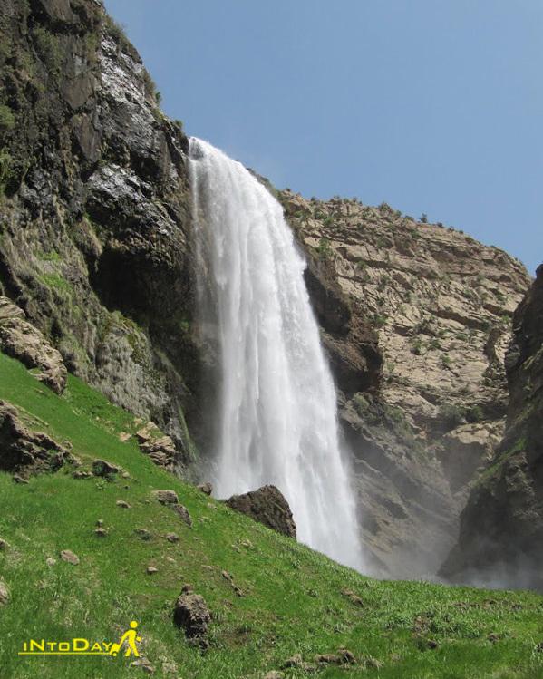آبشار کرودی کن بروجن
