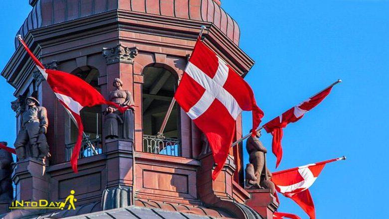 کاخ کریستین برگ (Christiansborg Palace)