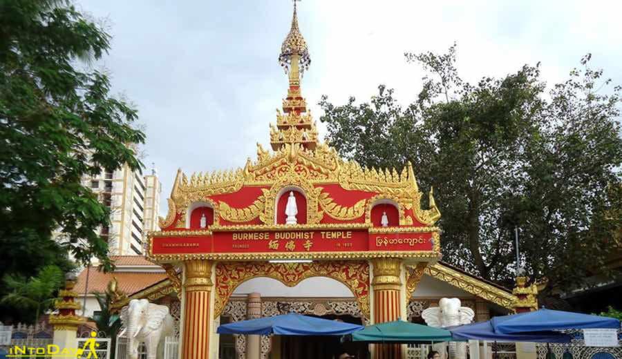 معبد برمه دارمیکاراما از جاذبه های گردشگری پنانگ