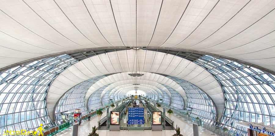 فرودگاه بین المللی سوورنابومی بانکوک