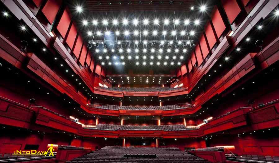 سالن کنسرت هارپا از دیدنی های ایسلند
