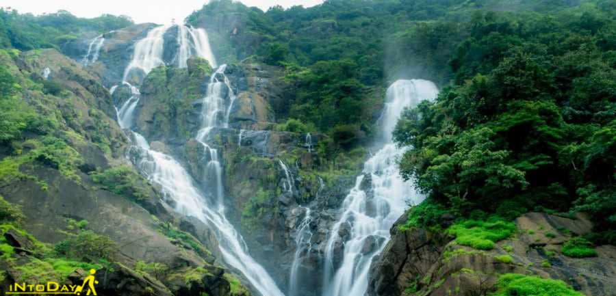 9- آبشار Dudhsagarهند