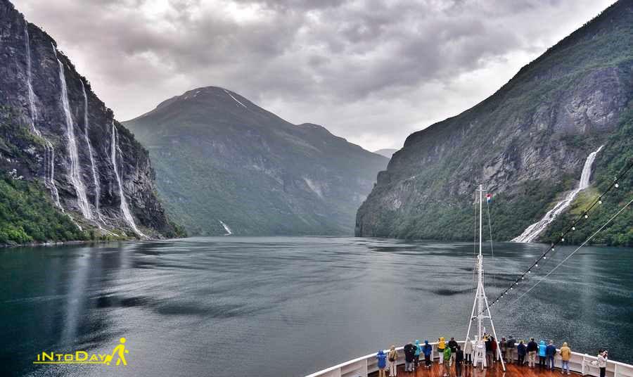 خلیج گیرانگرفیور از زیباترین جاذبه های طبیعی نروژ