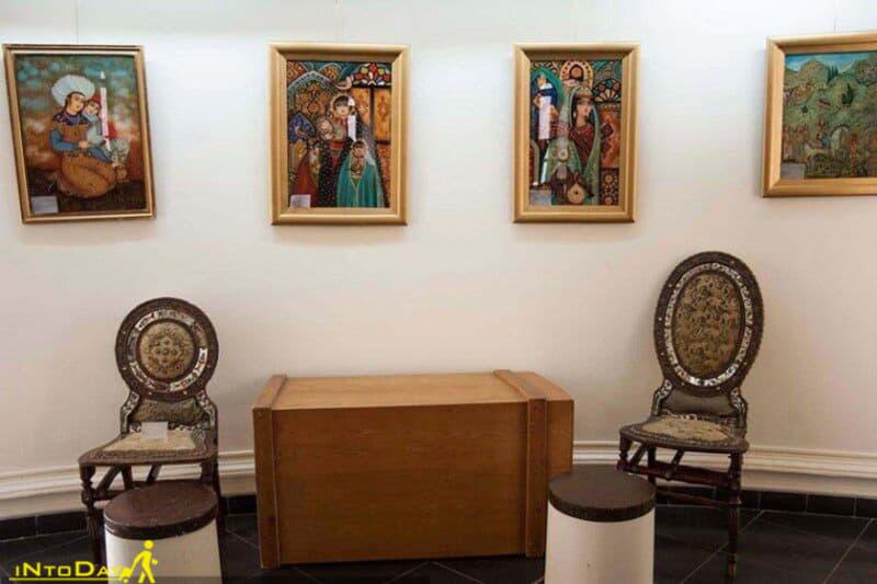 موزه نقاشی پشت شیشه تهران
