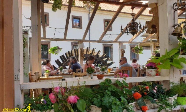 رستوران نزدیک آسیاب آبی پراگ