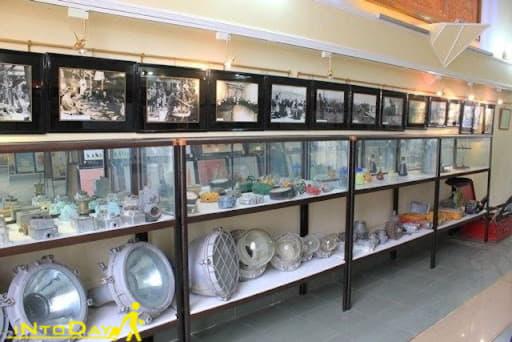 آثار موزه نفت سبزوار