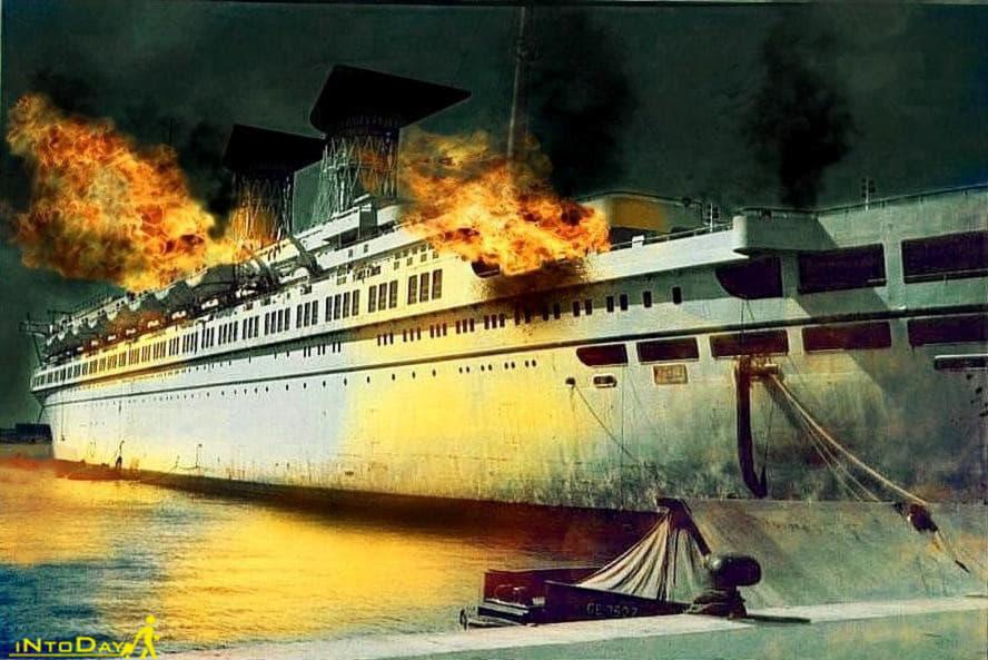 بمب باران کشتی رافائل بوشهر